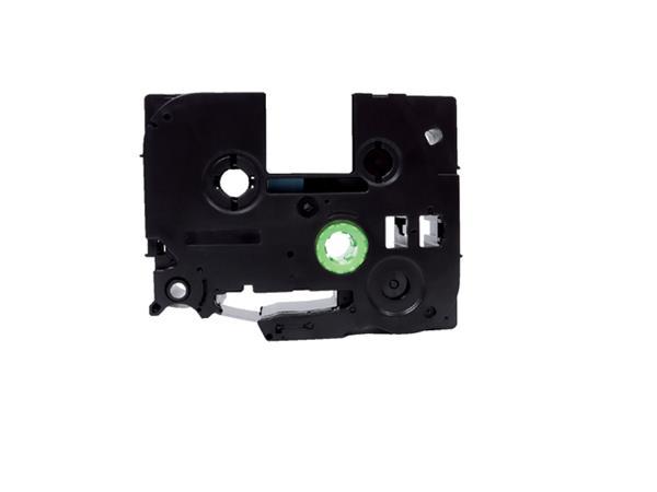 Labeltape Quantore TZE-251 24mm x 8m wit/zwart