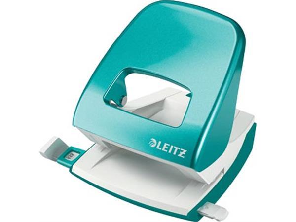 Leitz WOW perforator. 30 blad. ijsblauw. op bliste