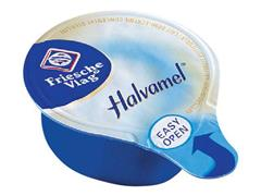 FRIESCHE VLAG Koffiemelk Halvamel, Cups, 7,5 ml per cup (doos 400 stuks)